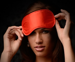 Le Boheme Satin Blindfold - Red Hoods and Blindfolds