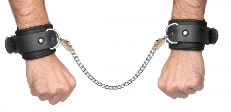 Neoprene Buckle Cuffs with Locking Chain Kit Bondage Gear, Ankle and Wrist Restraints, Bondage Kits